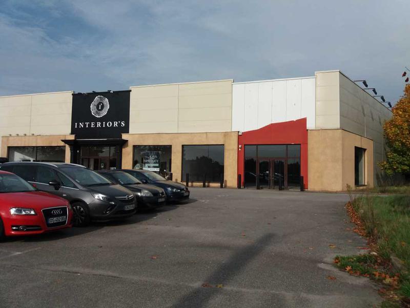 Location Commerces Coignieres 78310 - Photo 1