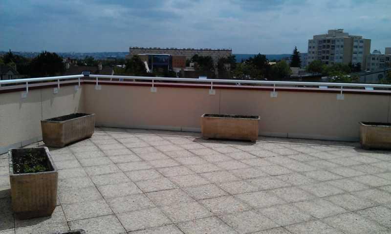A LOUER, Bureaux bon standing avec terrasse - Photo 1