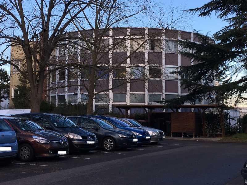 A LOUER, Centre d'affaires - Photo 1