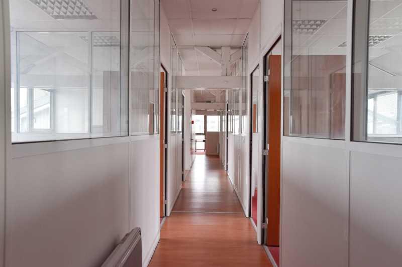 A VENDRE, Bâtiment indépendant à vendre - Photo 1