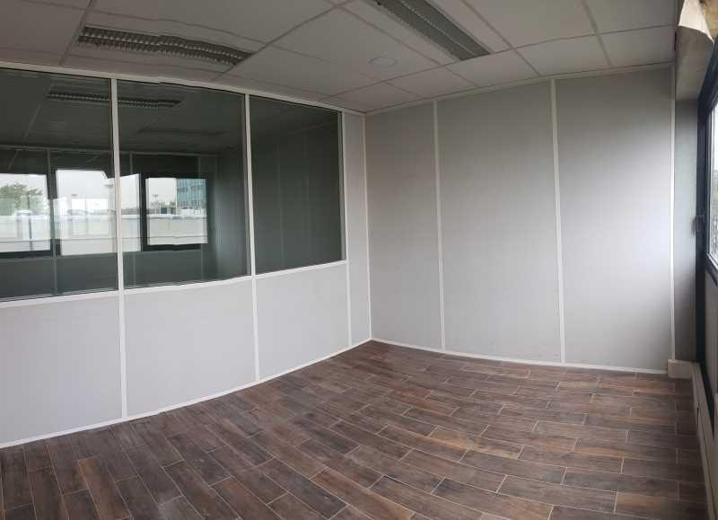 A LOUER, Petites surfaces de bureaux rénovées - Photo 1