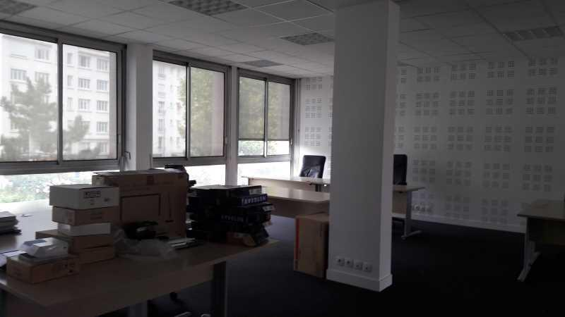 A VENDRE, Bureau proche des transports - Photo 1