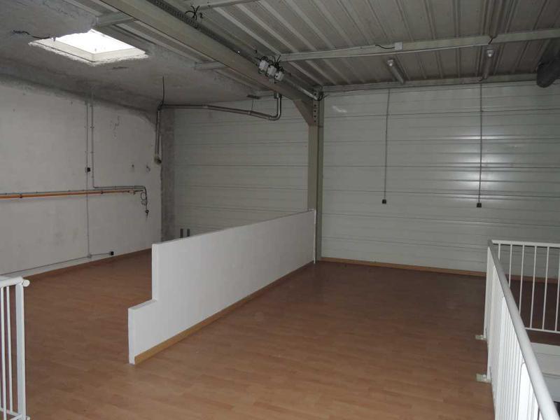 A LOUER, Entrepôts petites surfaces - Photo 1