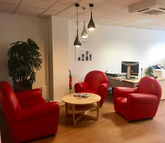 A LOUER, Belle surface de bureaux avec parking Malakoff - Photo 1