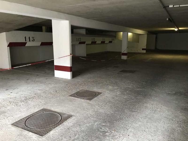 A VENDRE, Idéal surface de vente - Photo 1