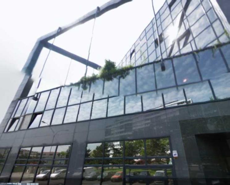 A LOUER, Bureaux de qualité - Différentes surfaces - Photo 1