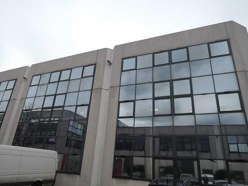 A VENDRE, Bueaux à vendre URGENT ! - Photo 1
