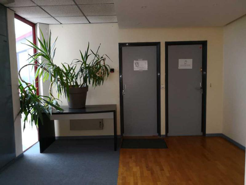 A LOUER, Bureaux en zone franche urbaine - Photo 1