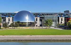 A VENDRE, AU COEUR DE LA CITE DES SCIENCES - Photo 1