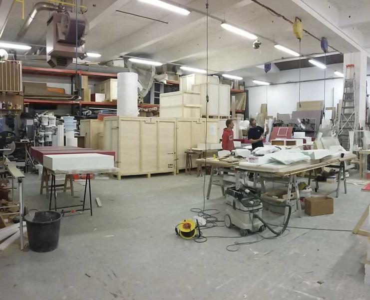 A LOUER, Idéal activité artisanale / de production - Photo 1