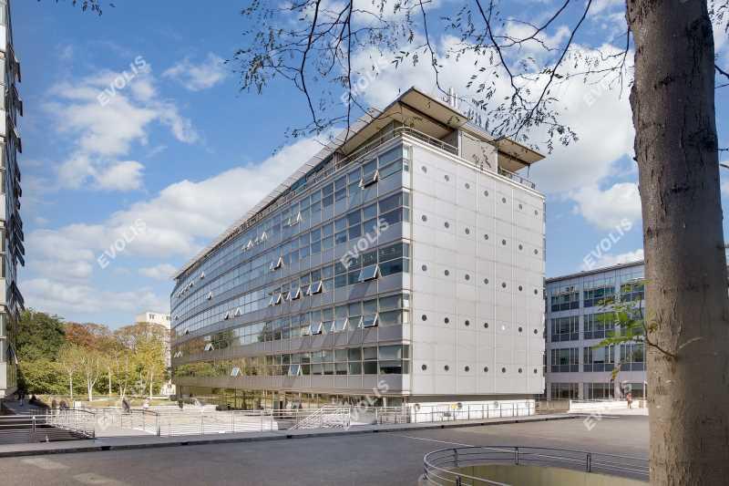 A LOUER, Surfaces de bureaux de standing - Photo 1