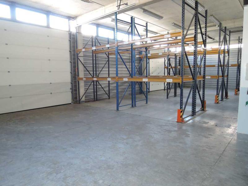 A VENDRE, Bâtiment indépendant, zone gardiennée - Photo 1