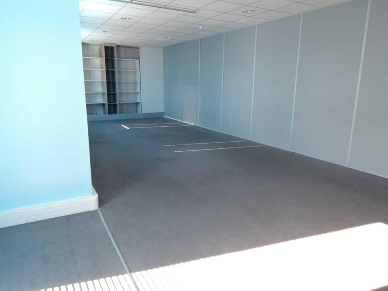 Location Bureaux Bailly Romainvilliers 77700 - Photo 1
