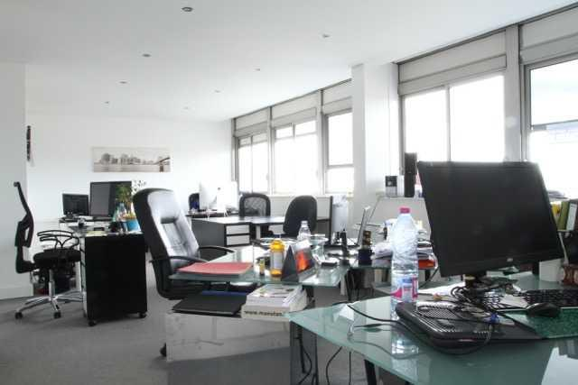 Vente Bureaux Rueil Malmaison 92500 - Photo 1