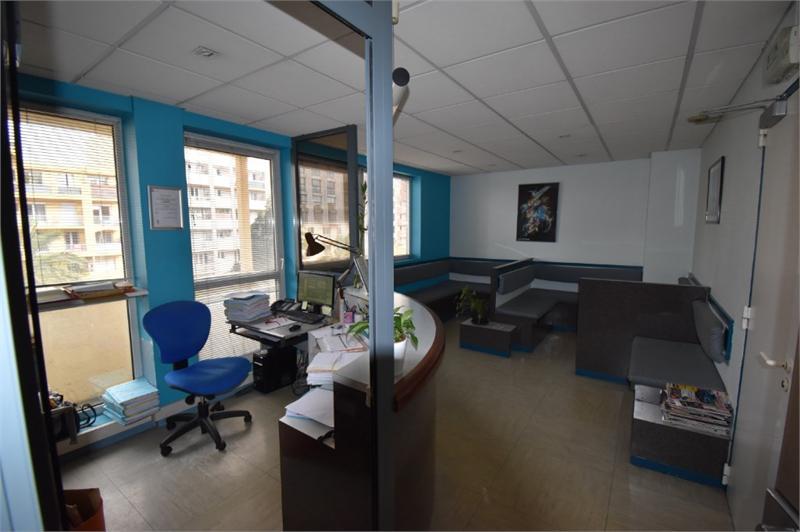 Bureaux à usage professionnel 217 m2 sur Perpignan Kennedy - Photo 1