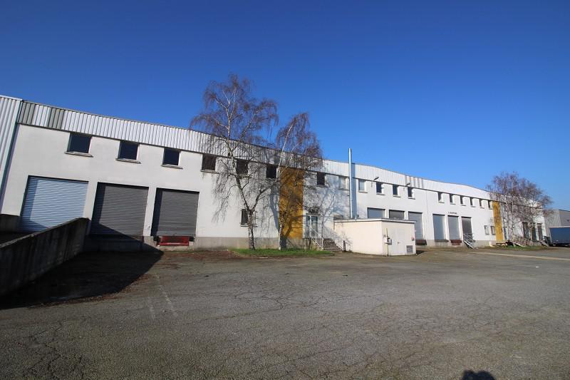 OPPORTUNITE - ECOPOLE SUD EST - Local d'activités d'environ 4 360 m² à louer - Photo 1