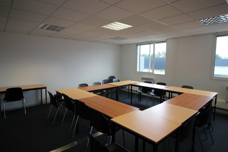 RENNES EST - Surface de 120 m² environ dans un immeuble tertiaire de qualité - Photo 1