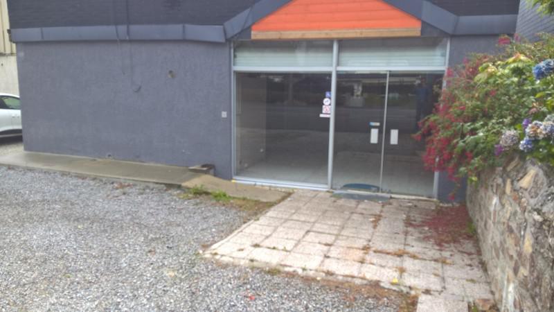 Local commercial de 90 m² - Photo 1