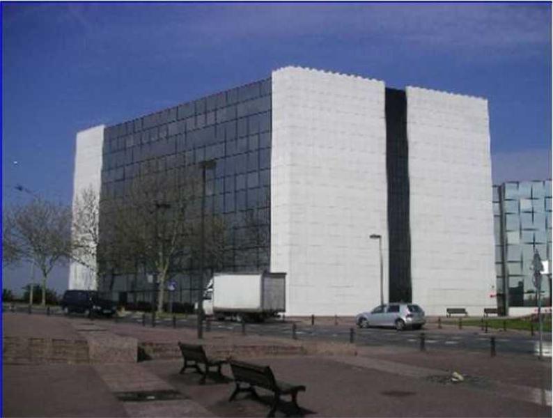 Location Bureaux Courcouronnes 91080 - Photo 1