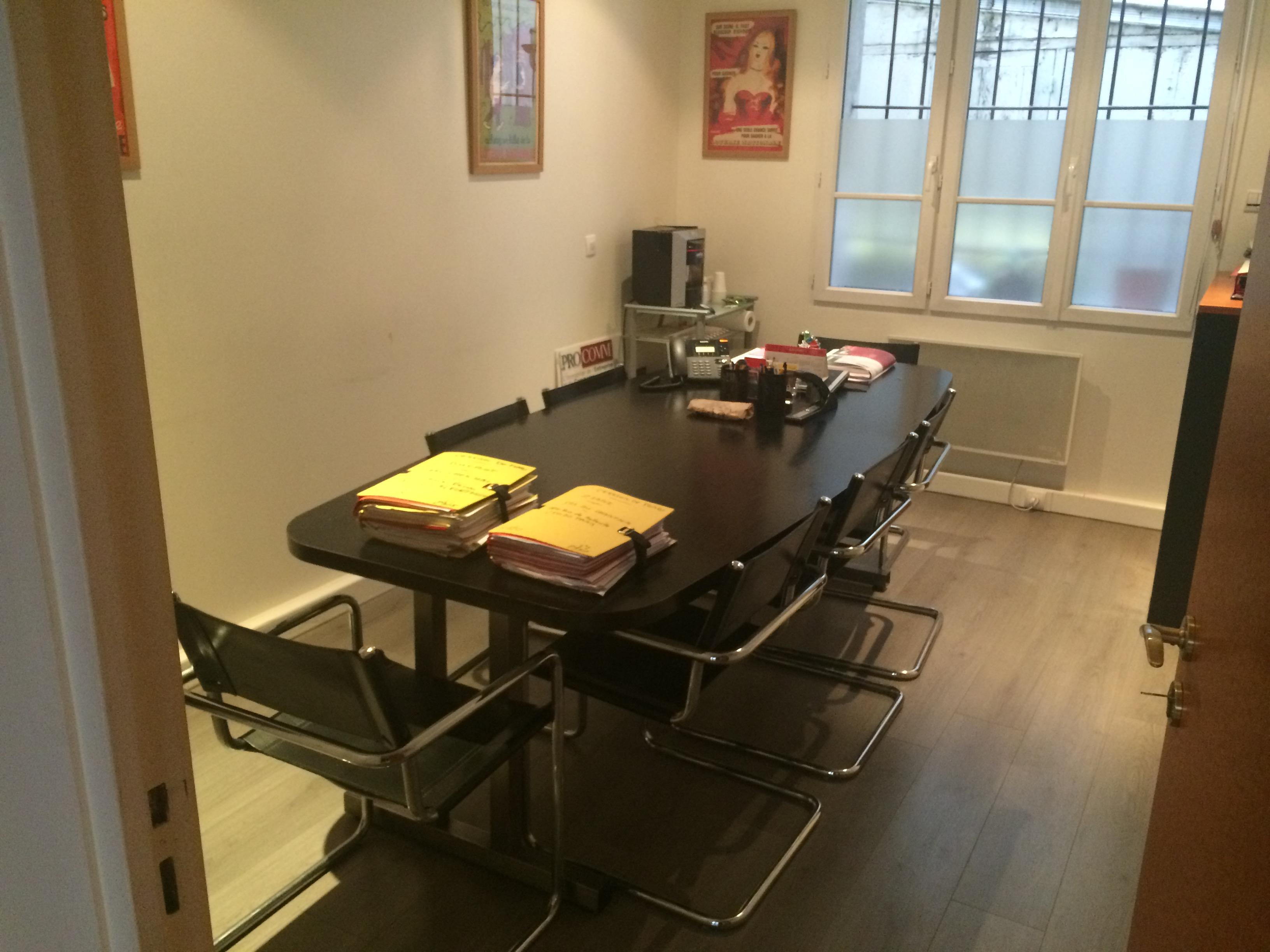 location bureaux paris 12 75012 60m2. Black Bedroom Furniture Sets. Home Design Ideas