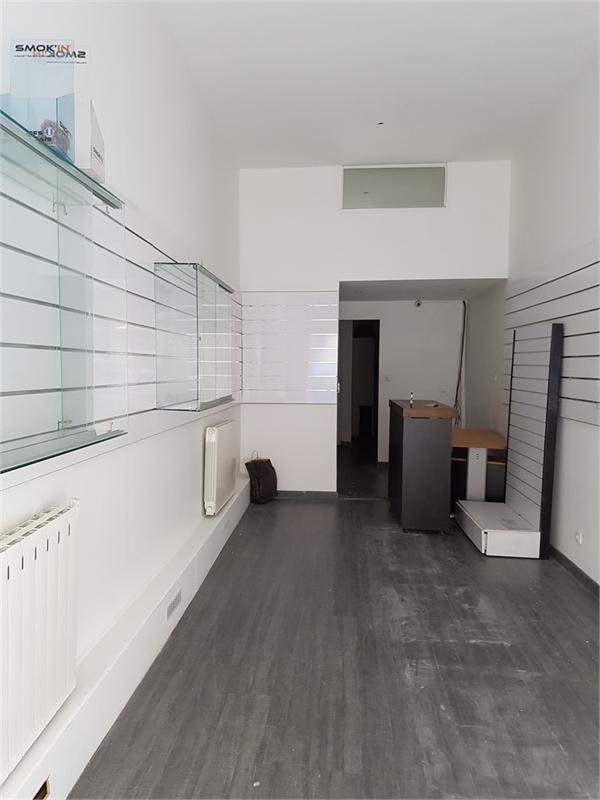 location commerces lyon 6 69006 57m2. Black Bedroom Furniture Sets. Home Design Ideas