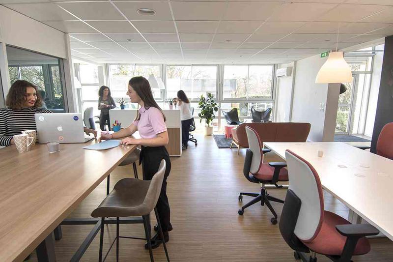 Coworking meylan bureaux à partager et centre d affaires à meylan