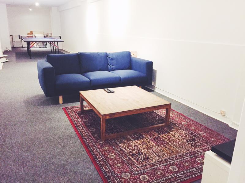 location bureaux pantin 93500 18m2. Black Bedroom Furniture Sets. Home Design Ideas