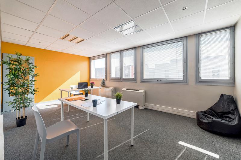 Grands bureaux privatifs de 36 à 43m² - Photo 1