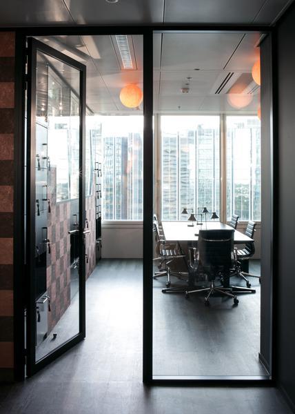 Bureaux fermés de 2 à 6 postes - Paris La Défense - Photo 1