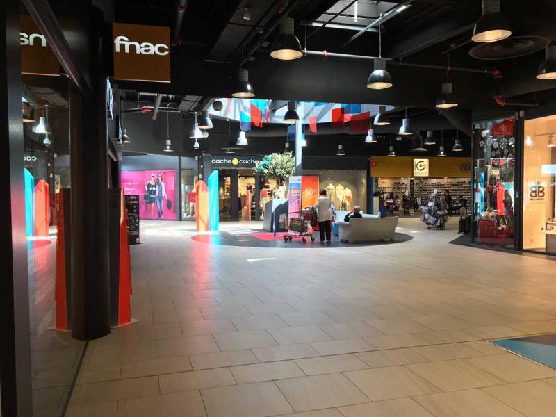 Location Commerces Saint Nazaire 44600 - Photo 1