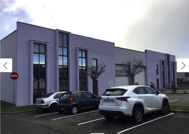 Mi plaine: 400 m² + bx + cour privative + visibilité - Photo 1