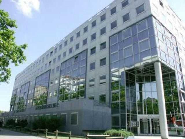 Plateau de bureaux 69008 Sans Soucis - Photo 1