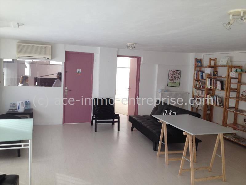location bureaux antibes 06160 110m2. Black Bedroom Furniture Sets. Home Design Ideas