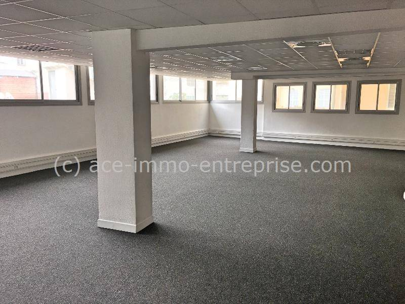 location bureaux nice 06000 339m2. Black Bedroom Furniture Sets. Home Design Ideas