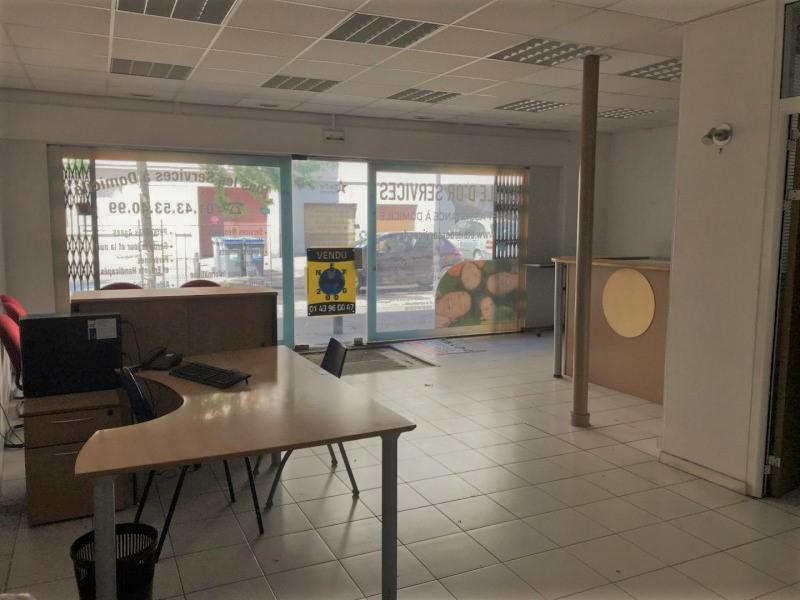 A Louer Local commercial 60m² à Maisons-Alfort - Photo 1