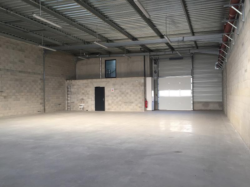Locaux d'activité neufs à vendre ZAC St Louis - Photo 1