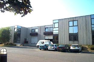 A louer entrepôt à Roissy-En-France de 1430m² environ - Photo 1
