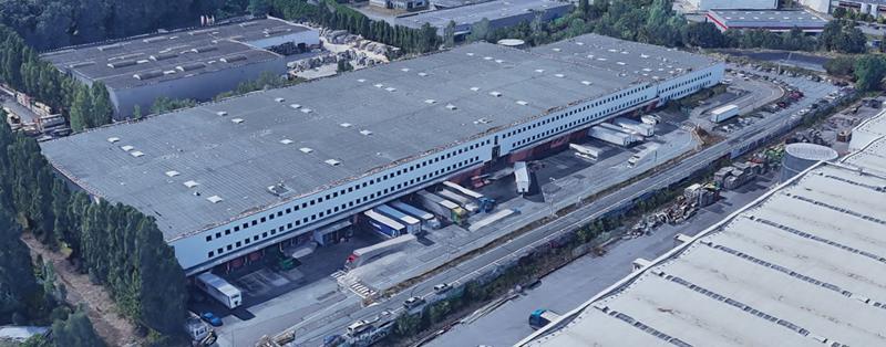 TRAPPES ELANCOURT Entrepôt logistique de 8121 m² sous 9,8 mètres, 12 accès à quais, ICPE 1510 - Photo 1