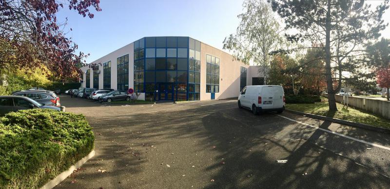 POISSY Technoparc, à vendre bâtiment indépendant de 1930 m² à usage d'activité/entrepôt et bureaux - Photo 1