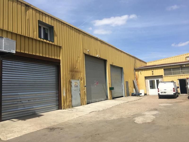 Entrepôt à louer (Val d'Argent) - Photo 1