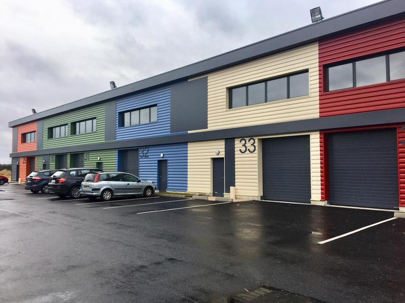 A vendre Locaux neuf à usage d'activités et bureaux à partir de 150m² - Photo 1