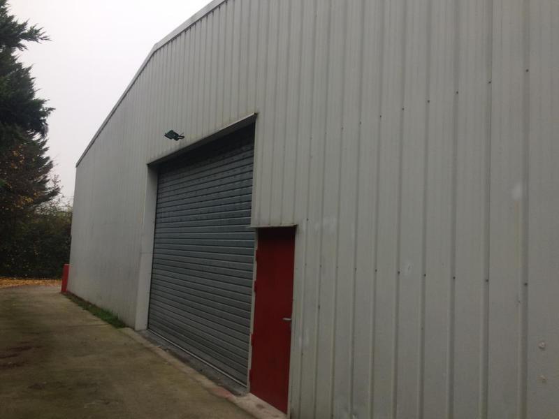 A LOUER - local d'activités et bureaux d'accompagnement - Photo 1