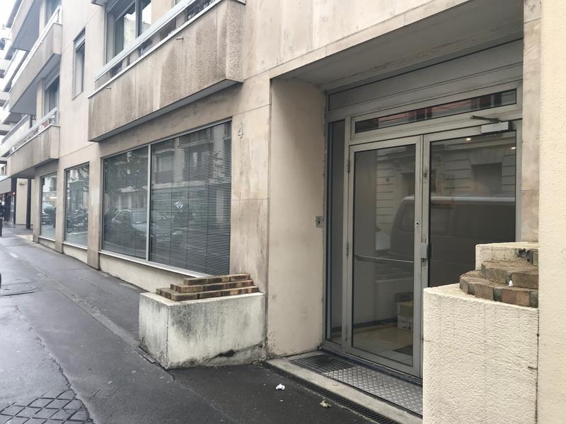 VENTE BUREAU  PARIS 15ÈME - 198 M² - Photo 1