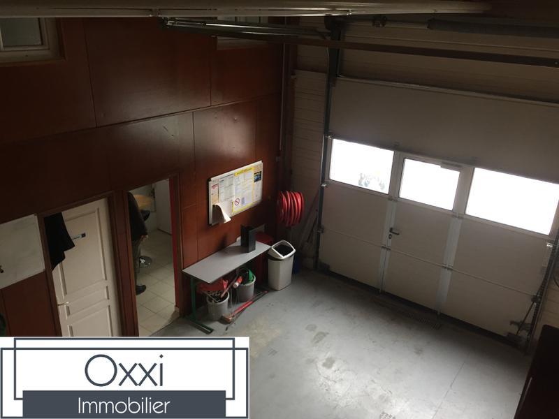 Local d'activité avec bureaux - Photo 1