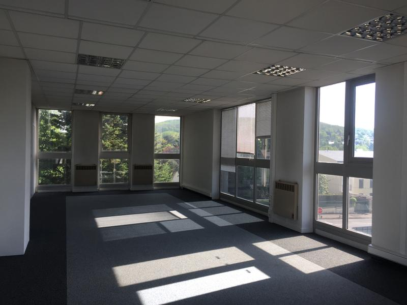Immeuble indépendant sur parcelle de 1878 m² - Photo 1
