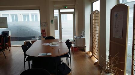Location commerces yvetot 76190 68m² u2013 bureauxlocaux.com