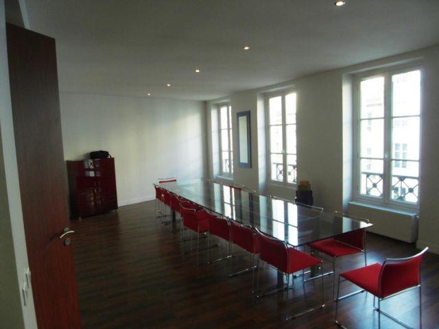 vente bureaux paris 02 75002 370m2. Black Bedroom Furniture Sets. Home Design Ideas