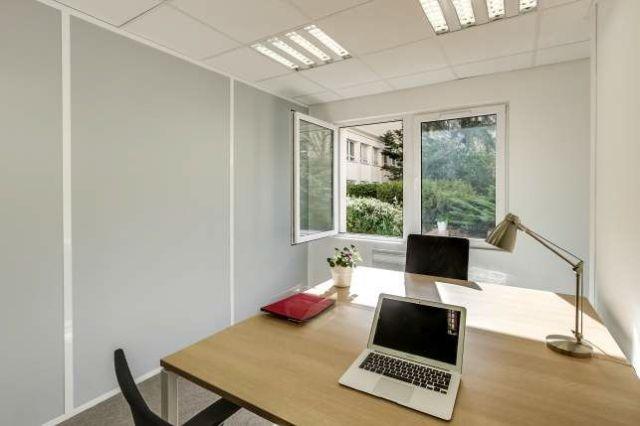 achat bureaux paris 17 me vente bureau paris 17 75017. Black Bedroom Furniture Sets. Home Design Ideas