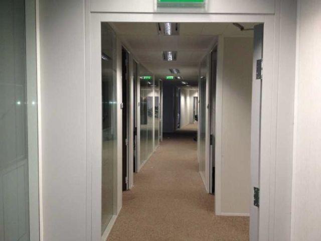 location bureaux paris 15 75015 1626m2. Black Bedroom Furniture Sets. Home Design Ideas