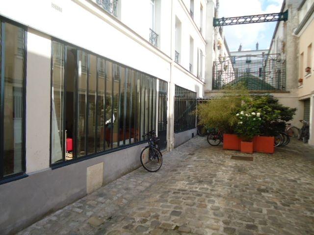 149 bureaux et locaux commerciaux agrave louer paris 183112. Black Bedroom Furniture Sets. Home Design Ideas